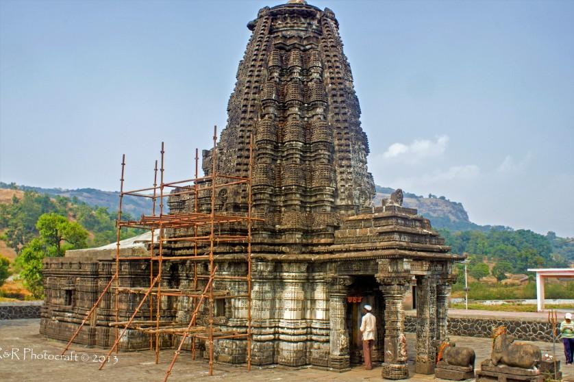 Amruteshwar Temple, Ratanwadi