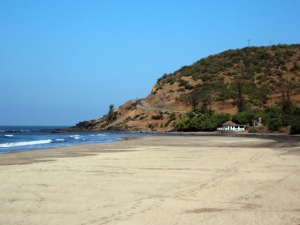 The secret beach at Walavti