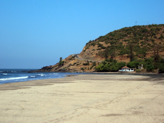 The secret beach at Walavti