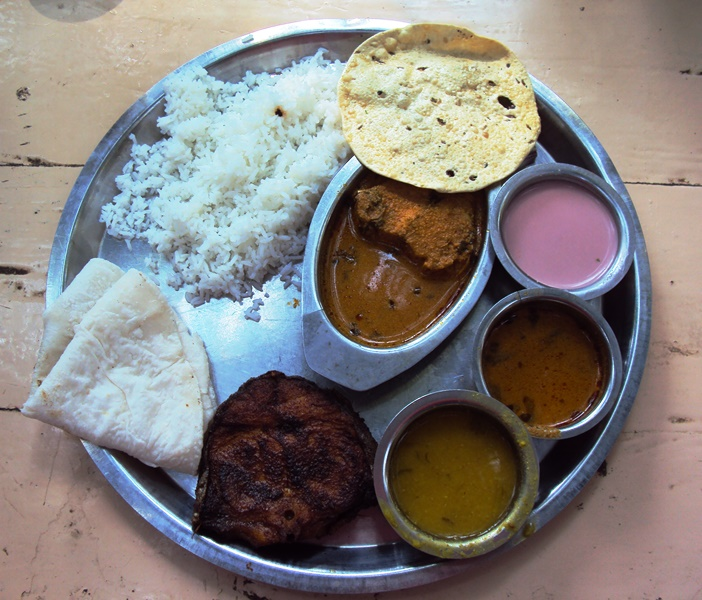 Fish Thali with Fish Fry, Kalvan, Bhakri and Solkadi