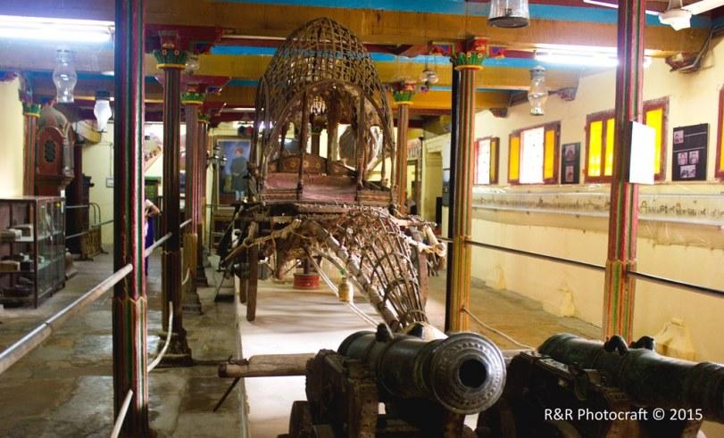 Chariot - Aaina Mahal