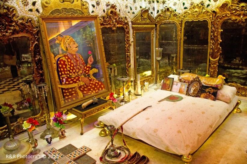 Kings Chamber in Aaina Mahal