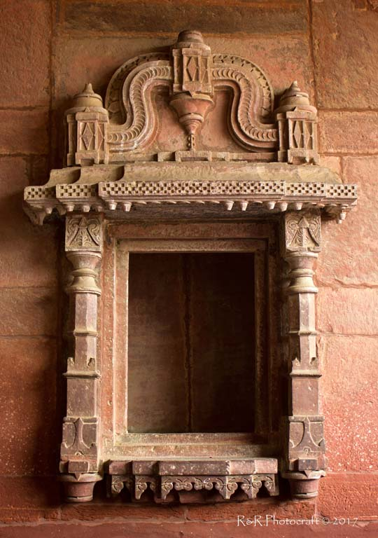 Niche inside Jodha Bai's Mahal .. Fatehpur Sikri