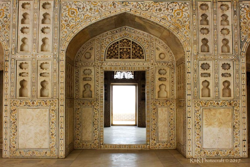 Intricate inlay work on marble, Khas Mahal, Red Fort, Agra