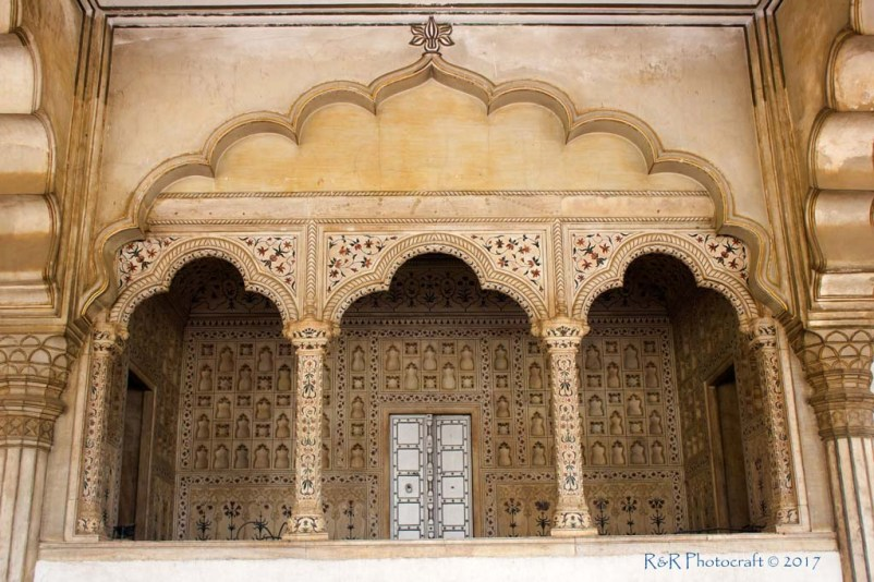 Emperor's seat at Diwan-e-Aam, Red Fort, Agra